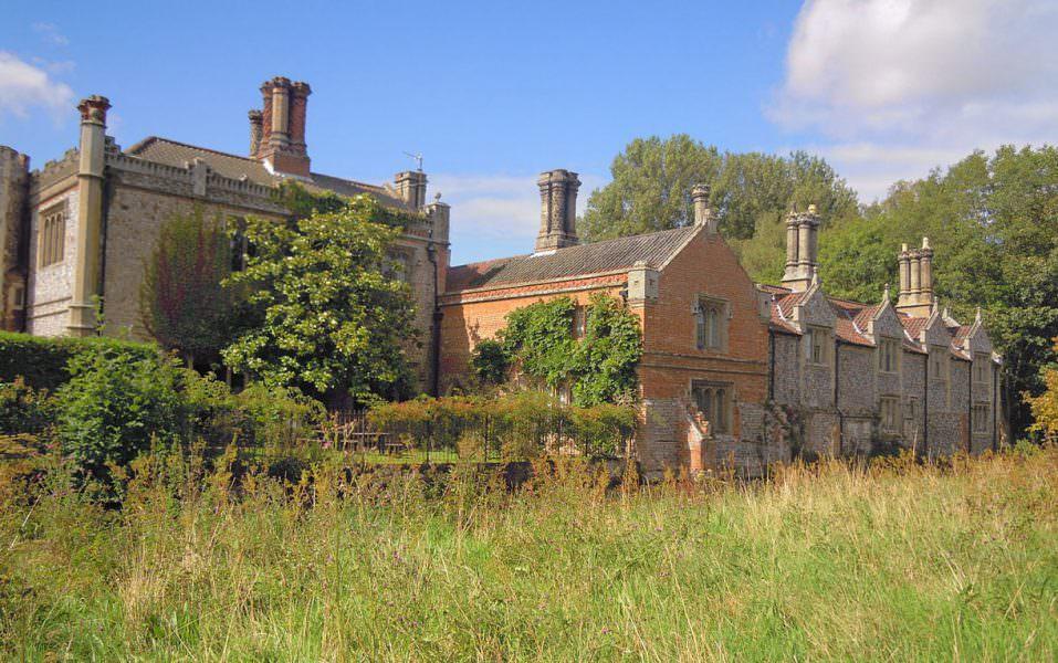Visit Mannington Gardens