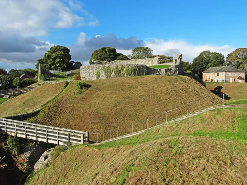 Visit castle acre
